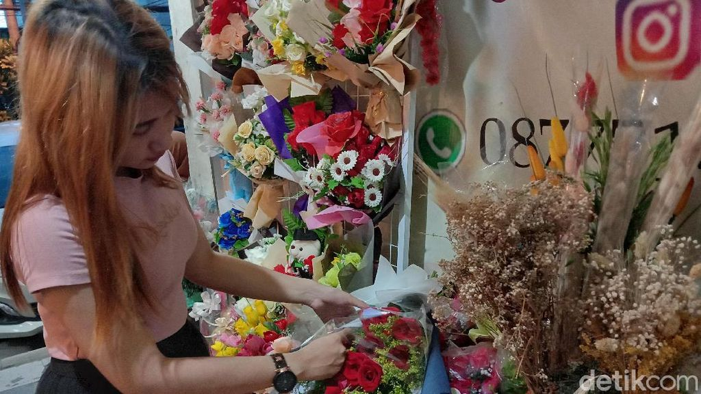 Harga Bunga di Surabaya Naik Dua Kali Lipat Jelang Hari Valentine