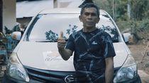 20 Tahun Pakai Daihatsu, Petani Kopra Dapat Hadiah Trip ke Jepang