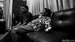 9 dokter di RSCM mendirikan Rumah Singgah Kawi-kawi untuk para pasien kanker yang memiliki keterbatasan keuangan.