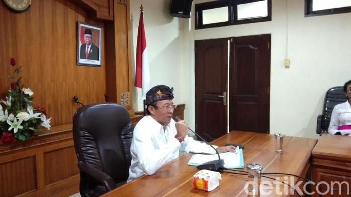 Kadiskes Provinsi Bali I Ketut Suarjaya saat jumpa pers
