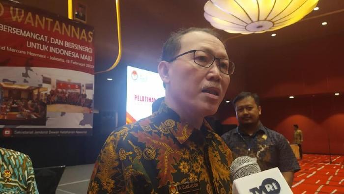 Pimpinan Setjen Wantannas Laksdya TNI Achmad Djamaludin
