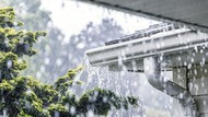 Jakarta Diguyur Hujan, 4 RT dan 7 Ruas Jalan Tergenang