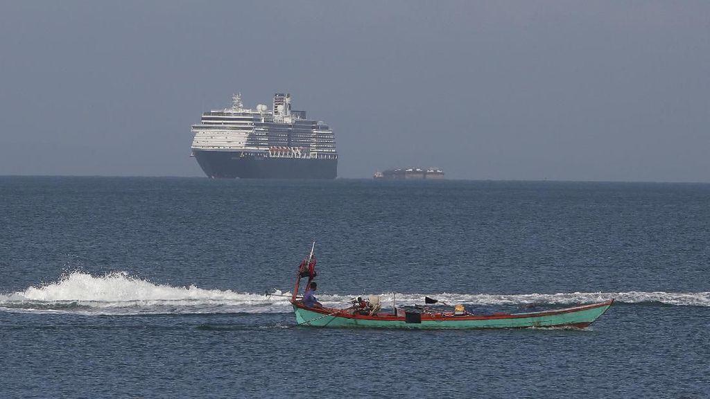 Ditolak 4 Negara karena Corona, Kapal Pesiar Ini Akhirnya Diterima Kamboja