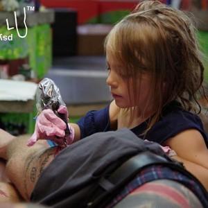Seniman Tato Termuda Ini Usianya Baru 9 Tahun, Lihat Hasil Gambarnya