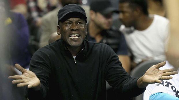 Michael Jordan berulang tahun ke-57 hari ini. (