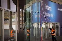 Persiapan MWC 2020 di Barcelona, Spanyol.