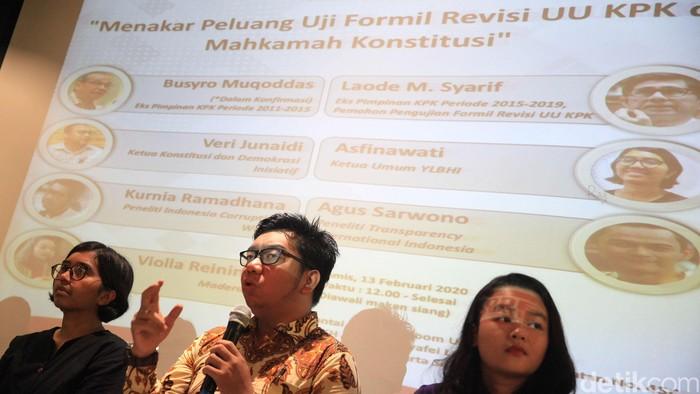 Diskusi bertema 'Menakar Peluang Pengujian Formil Revisi UU KPK di MK' digelar di Jakarta, Kamis (12/2/2020). Sejumlah pakar dihadirkan dalam diskusi tersebut.