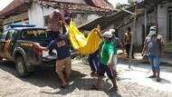 Pria Gangguan Jiwa di Jombang Kubur Mayat Pamannya Sendirian