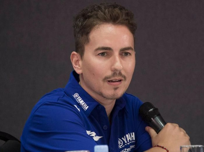 KUALA LUMPUR, MALAYSIA - FEBRUARY 06: Jorge Lorenzo of Spain and Yamaha Factory Test team speaks during the 2020 Team Yamaha Factory Racing presentation during the MotoGP Pre-Season Teams Unveiling at Sepang Circuit on February 06, 2020 in Kuala Lumpur, Malaysia. (Photo by Mirco Lazzari gp/Getty Images)