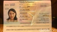 Sementara itu Lucinta Luna dinyatakan sah sebagai wanita oleh Pengadilan Negeri Jakarta Selatan sejak Desember 2019 lalu.Dok. detikHOT