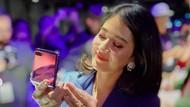 Galaxy Z Flip di Mata Dian Sastro