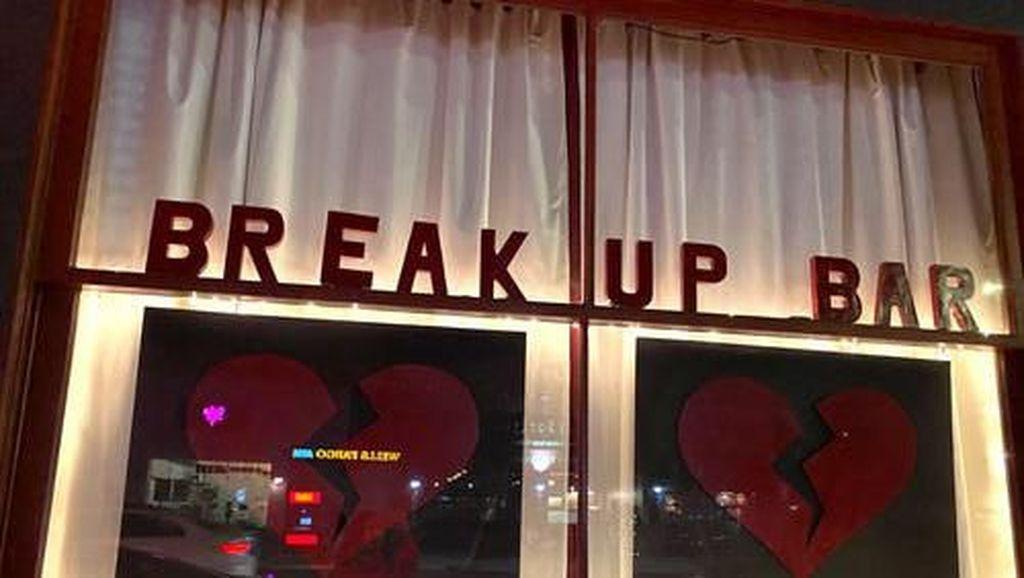 Break Up Bar, Kafe Khusus Buat Kamu yang Patah Hati!