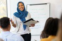 Keutamaan ilmu dalam Islam.