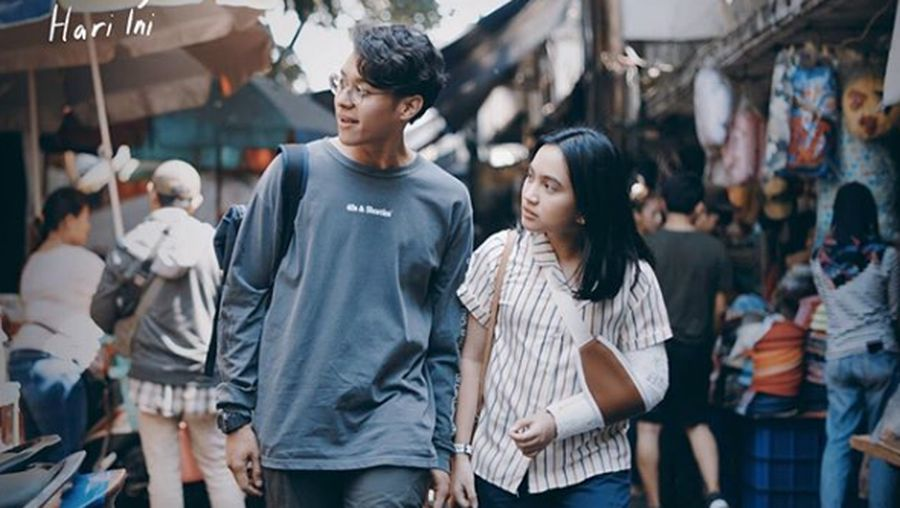 Deretan film-film Indonesia yang bikin baper.