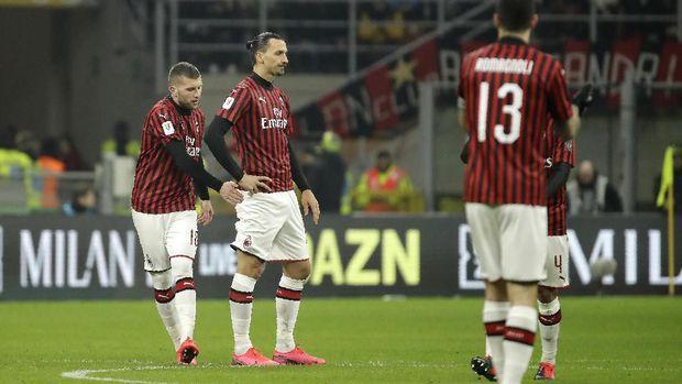 Antiklimaks Ibrahimovic Lawan Ronaldo di Milan vs Juventus