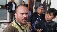 Alasan Karen Pooroe Cerai Tak Cuma KDRT, Arya Claproth Dituding Kerap Main PSK
