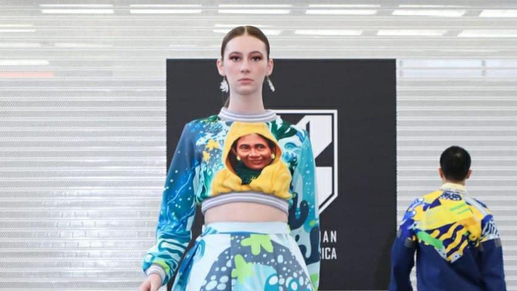 Foto: Ketika Susi Pudjiastuti dan Jokowi Eksis di New York Fashion Week