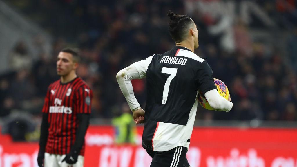 Penalti Bantu Ronaldo Jadi yang Tersubur di Italia Sepanjang 2020