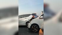 Video Penampakan Kecelakaan Beruntun di Tol Japek