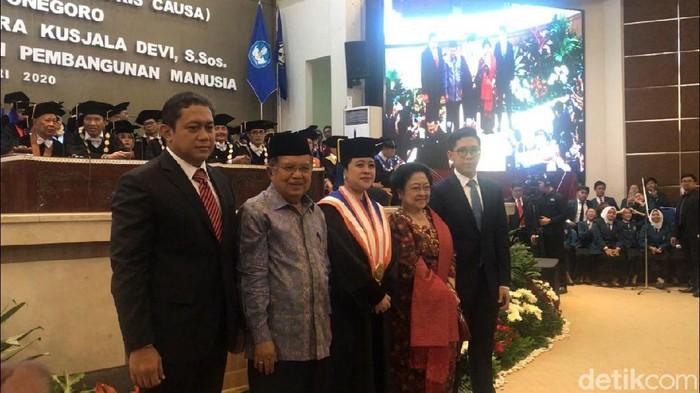 Penganugerahan Doktor Honori Causa kepada Puan Maharani di Undip Semarang, Jumat (14/2/2020).