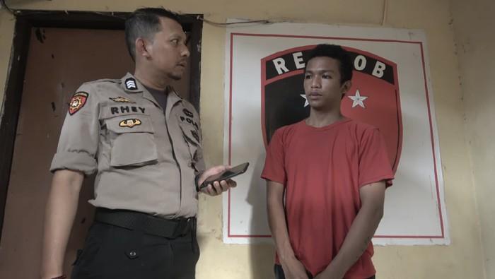 Reynaldi, pelaku pencurian HP sekaligus begal payudara ABG di Makassar ditangkap.