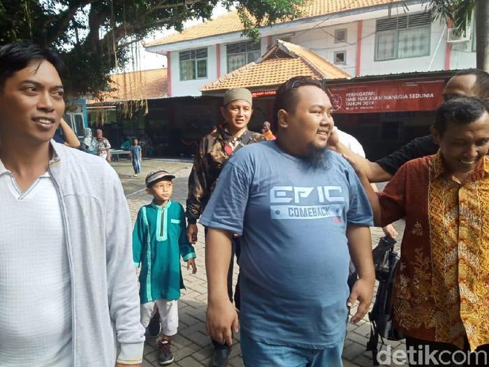 Seorang narapidana teroris (napiter) Supyanto alias Yusuf alias Kentung bin Mihad asal Batang, Jateng menghirup udara bebas. Ia bebas setelah menjalani hukuman 7 tahun penjara di Lapas Klas IIB Lamongan.