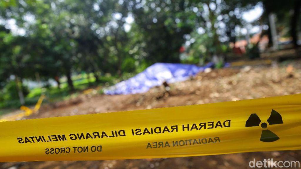 Bersihkan Limbah Zat Radioaktif, Batan Angkut 906 Drum dari Perumahan Batan Indah