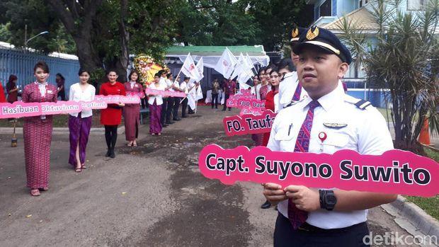 Saat kru Batik Air disambut di Jakarta