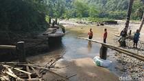 Puluhan KK di Pacitan Terisolasi Karena Jembatan Putus, Ini Harapan Warga