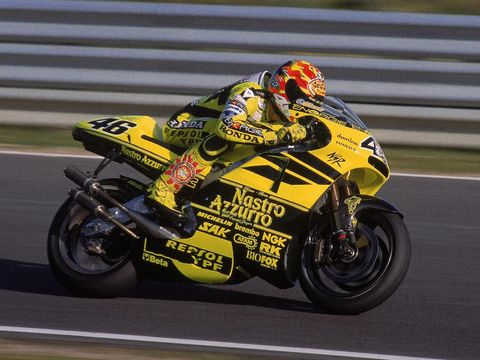 20 Feb 2001:  Honda rider Valentino Rossi in action during Grand Prix Motorcycling Winter Testing at Estoril in Portugal.  Mandatory Credit: Pascal Rondeau /Allsport