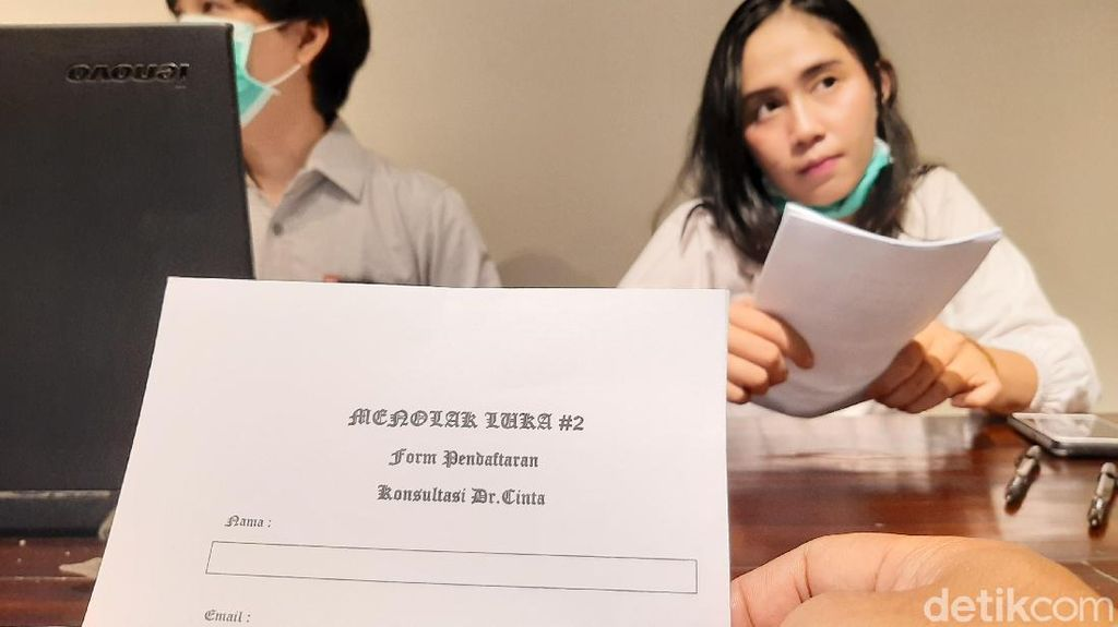 Tolak Ambyar, Komunitas Ini Buka Konsultasi Dokter Cinta-Lelang Barang Mantan