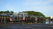500 Personel Brimob Simulasi Pengamanan Pilkada di Makassar