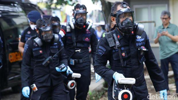 Material radioaktif yang mencemari Tangerang Selatang adalan Cesium 137 atau Cs 137.