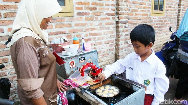 Robot Pembuat Telur Dadar di Purworejo