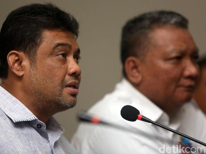 Konfederasi serikat Pekerja Indonesia (KSPI) buka suara terkait RUU Omnibus Law Cipta Lapangan Kerja. KSPI pun menolak RUU tersebut.