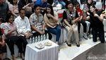 Senyum Jokowi Saat Nonton Jan Ethes Pentas di Panggung Musik