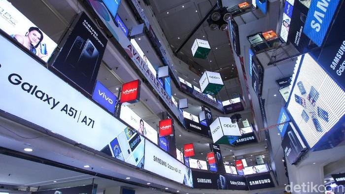 Pada hari ini, Senin (17/2/2020) pemerintah bersama operator seluler melakukan uji coba pemblokiran ponsel black market (BM).