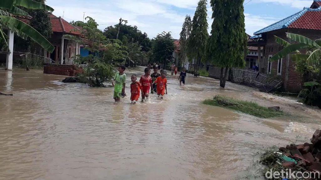 Tanggul Jebol, Enam Desa di Brebes Kebanjiran