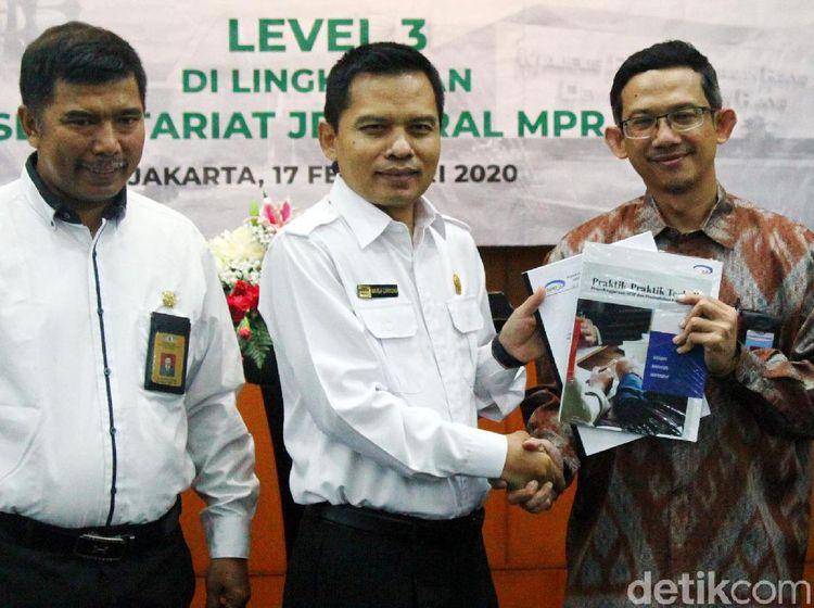 Setjen MPR Raih Maturitas SPIP Level 3
