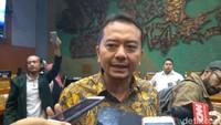 Komisi X Minta Rektor Unipar Jember Mundur Usai Cium Dosen Diproses Etik