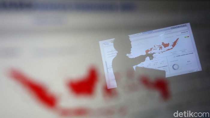 Sensus Penduduk Online (SPO) 2020 telah dimulai sejak Sabtu (15/2/2020) lalu. Data warga yang telah masuk dapat dipantau di Kantor Badan Pusat Statistik, Jakarta.