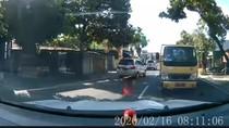 Viral Video Mobil Santuy Hadang Truk di Klaten, Polisi Turun Tangan