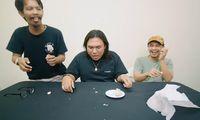 Raditya Dika Ajak Keanu AGL Makan Bawang Sampai Muntah-muntah