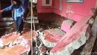 Dua Ruangan SD di Padalarang Jebol Diterjang Banjir
