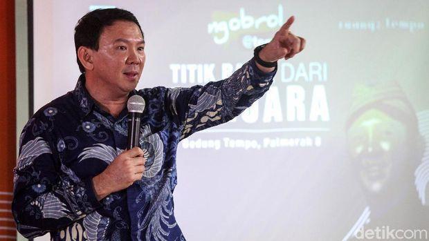 Mantan Gubernur DKI Jakarta Basuki Tjahaja Purnama alias Ahok meluncurkan buku 'Panggil Saya BTP' di Gedung Tempo, Palmerah, Jakarta Selatan, Senin (17/2/2020).