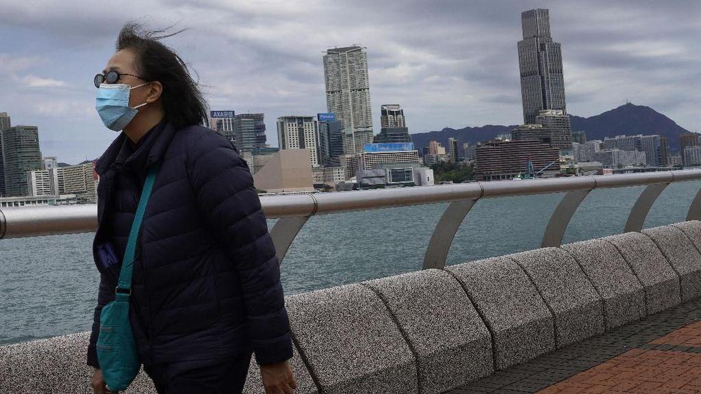 Wanita Ini Positif Virus Corona Setelah 8 Kali Dinyatakan Negatif