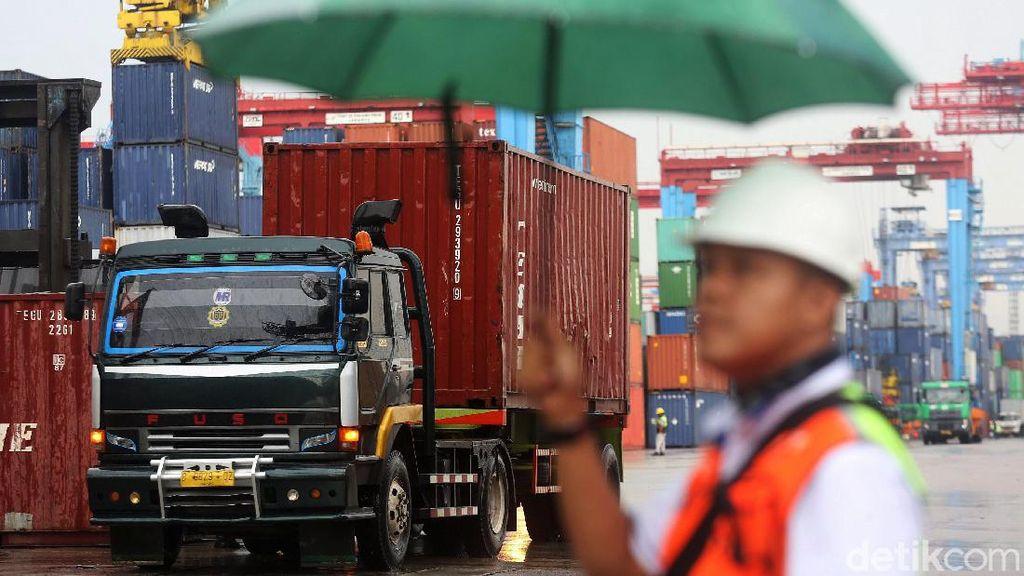 Ekspor-Impor RI Masih Bergantung dengan China