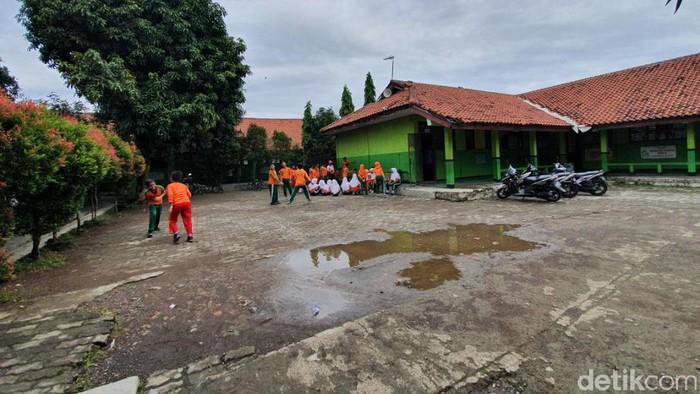 Sekolah Dasar (SD) Kayuringin Jaya 3, Kota Bekasi (Isal Mawardi/detikcom)