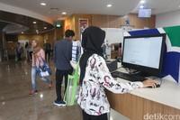 Sistem digitalisasi yang tersedia juga tentu semakin memudahkan para pengunjung yang hadir.