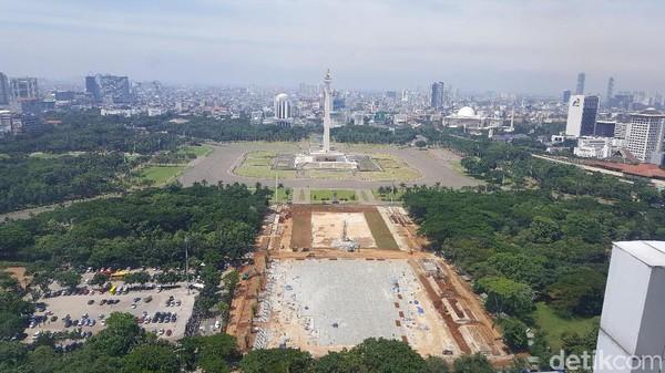 Nah yang paling asyik di lantai 24 adalah bagian dari lounge, dimana kamu bisa melihat Kota Jakarta dari ketinggian. (Syanti/detikcom)